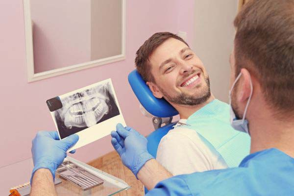 What Is Dental Implant Reconstruction?
